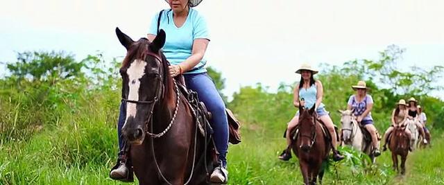cavalgada-no-parque-ecola-gico-do-rio-formoso-4-1